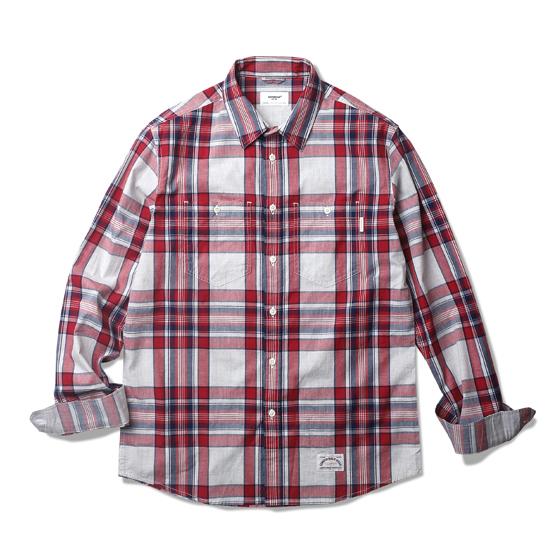 """<span style=""""font-family:NanumGothic; font-size:15px; font-weight:bold;"""">Karen Flannel Check Shirt Red</span><br /><span style=""""font-family:NanumGothic; font-size:11px;"""">전체적인 외형은 기본에 충실한 Double Pocket Work Shirt(더블 포켓 워크 셔츠)의 패턴을 베이스로 하였으며, 지난시즌과 달리 일본산 그린/네이비 컬러 조합의 체크 코튼 원단이 사용 되어 Miles L/S Shirt 제품에 비해 원단의 밀도적인 측면과 색감 등이 업그레이드 되었습니다. 또한 여유로웠던 피팅 역시 패턴수정을 거쳐 저스트하고 몸에 잘맞는 착용감을 느끼실 수 있습니다. 부자재로는 천연자게버튼을 사용하였으며 원단의 단단함과 밀도에 맞는 튼튼한 재봉으로 완성도를 최대한 높인 제품이라 할 수 있습니다.</span><br /><a href=""""http://www.wherehouse.co.kr/shop/shopdetail.html?branduid=732017&xcode=041&mcode=002&scode=002&type=Y&sort=order"""" target=""""_blank""""><span style=""""font-size:11px; color:#FFE400;"""">BUY NOW</span></a>"""