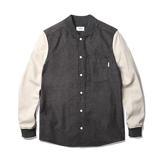 "<span style=""font-family:NanumGothic; font-size:15px; font-weight:bold;"">Dion Varsity Shirts Jacket Grey</span><br /><span style=""font-family:NanumGothic; font-size:11px;"">Non-Span 성질의 Cotton/Polyester 혼용 원단을 메인원단으로 사용하였으며 소재의 특징인 통기성과 견고함을 지닌 반면 모직과도 같은 촉감과 분위기로 가공되어 묵직한 셔츠자켓으로 활용 할 수 있는 제품입니다. Original Varsity Jacket 의 느낌을 최대한 이끌어 내기 위하여 소매부분 밀도 높은 스트라이프 리브(Rib)와 포켓 디테일 역시 심플하게 변형하여 차용하였습니다. 또한 이너웨어와 아우터의 적절한 디자인 완성도를 위해 메인 버튼은 결속력이 좋은 SUNGRIP JPN社의 스냅 버튼을 사용해 SS 시즌에 걸맞은 제품을 완성 시킬 수 있었습니다.</span><br /><a href=""http://www.wherehouse.co.kr/shop/shopdetail.html?branduid=727900&xcode=029&mcode=003&scode=&type=Y&sort=order"" target=""_blank""><span style=""font-size:11px; color:#FFE400;"">BUY NOW</span></a>"
