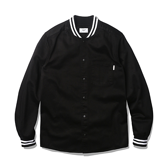 "<span style=""font-family:NanumGothic; font-size:15px; font-weight:bold;"">Dion Varsity Shirts Jacket Black</span><br /><span style=""font-family:NanumGothic; font-size:11px;"">빈티지 Varsity 자켓 및 상하의 져지 분위기를 적극 차용한 제품으로 Varsity 자켓을 주축으로 가벼운 형태의 셔츠와 팬츠 타입으로 전환을 시도한 제품입니다. 적당한 두께와 촉감이 부드러운 주자직 Cotton Satin Fabric 전면을 바디 원단으로 사용하였으며 Original Varsity Jacket 의 느낌을 최대한 이끌어 내기 위하여 소매부분 밀도 높은 스트라이프 리브(Rib)와 포켓 디테일 역시 심플하게 변형하여 차용하였습니다. 또한 이너웨어와 아우터의 적절한 디자인 완성도를 위해 메인 버튼은 결속력이 좋은 SUNGRIP JPN社의 스냅 버튼을 사용해 SS 시즌에 걸맞은 제품을 완성 시킬 수 있었습니다.</span><br /><a href=""http://www.wherehouse.co.kr/shop/shopdetail.html?branduid=727901&xcode=029&mcode=003&scode=&type=Y&sort=order"" target=""_blank""><span style=""font-size:11px; color:#FFE400;"">BUY NOW</span></a>"