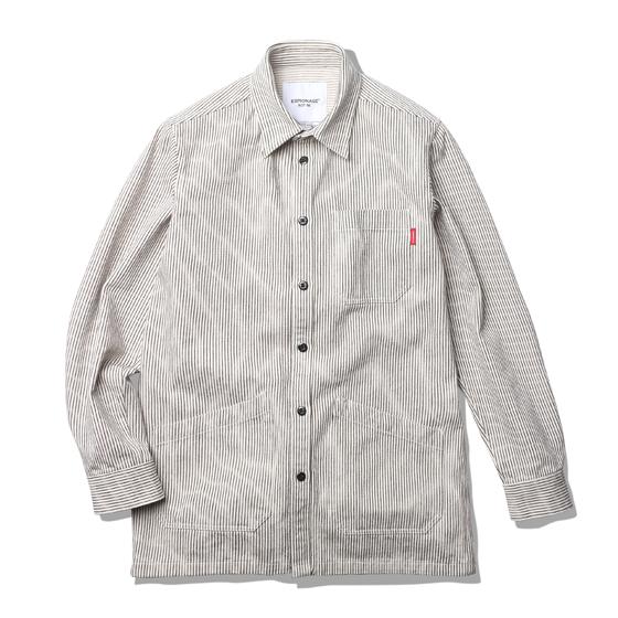 "<span style=""font-family:NanumGothic; font-size:15px; font-weight:bold;"">Brice Shop Shirt Jacket Stripe</span><br /><span style=""font-family:NanumGothic; font-size:11px;"">워크셔츠와 코트의 믹스 패턴을 이용해 완성한 아이템 입니다. 외형적으로 과거 자동차 정비소의 엔지니어들이 작업시 착용했던 Engineer Coat(엔지니어코트)의 분위기를 직접적으로 느끼실 수 있으며 촘촘한 재봉으로 완성하여 당시대의 분위기는 물론 최근 각광받는 단단하고 묵직한 홑겹 셔츠의 느낌 역시 가지는 활용도 높은 아이템이라 볼수 있습니다. 제품은 밀리터리 10수 Herringbone Twill 원단을 사용한 솔리드 타입과 코튼 히코리 원단을 사용한 스트라이프 타입의 총 2가지 원단으로 제작되었습니다. 다크 네이비 컬러의 솔리드 타입은 아이보리 컬러의 실로 재봉하여 은은한 디테일을 가지도록 실 컬러에 포인트를 더한 디자인으로 완성되었습니다. 스트라이프 타입은 아이보리 컬러와 스트라이프의 완성도를 높이고자 은은한 실 컬러로 재봉하여 오리지널 엔지니어 워크 코트의 분위기를 최대한 이끌어 냈습니다. Made In USA의 멜라민 수지 버튼을 메인 버튼으로 활용하여 제품의 최종 완성도 역시 높였으며 별도의 유연제를 사용하지 않은 데미지 워싱 가공으로 단단한 코튼 특유의 촉감을 느끼실 수 있습니다. </span><br /><a href=""http://www.wherehouse.co.kr/shop/shopdetail.html?branduid=728119&xcode=029&mcode=003&scode=&type=Y&sort=order"" target=""_blank""><span style=""font-size:11px; color:#FFE400;"">BUY NOW</span></a>"