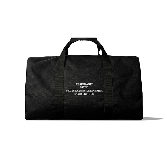 "<span style=""font-family:NanumGothic; font-size:15px; font-weight:bold;"">Agent Duffle Bag Black</span><br /><span style=""font-family:NanumGothic; font-size:11px;"">휴가나 출장 등 3~4일정도의 일정에 사용하기 가장 적합한 사이즈의 짐 가방의 필요성을 바탕으로 다자인 된 제품으로 밀리터리 Parachute Traveling Cargo Bag의 분위기와 Kit백의 분위기를 느끼실 수 있으며 Invista社의 단단한 Cordura 원단과 함께 단단한 Polypropylene소재의 웨빙,Woojin Plastic 파츠와 러기지 제품군 전용으로 설계된 터프한 사이즈의 YKK지퍼 사용은 제품의 가치를 충분히 업그레이드 시켜주고 있습니다. 특히히 제품 바닥면에 사용된 Sol Tarpaulin은 일반 타포린에 비해 더욱 단단함을 지니고 있어 마찰 시 제품이 받는 데미지를 최대한 줄여주도록 설계되었습니다. 후면코팅 가공 된 코듀라 원단과 속건성이 뛰어난 폴리프로필렌 웨빙의 특성 상 생활방수가 가능하며 단단한 재봉으로 완성도를 높인 제품입니다.</span><br /><a href=""http://www.wherehouse.co.kr/shop/shopdetail.html?branduid=729534&xcode=029&mcode=003&scode=&type=Y&sort=order"" target=""_blank""><span style=""font-size:11px; color:#FFE400;"">BUY NOW</span></a>"