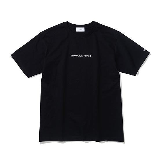 """<span style=""""font-family:NanumGothic; font-size:15px; font-weight:bold;"""">OG Logo Tubular T-Shirt Black</span><br /><span style=""""font-family:NanumGothic; font-size:11px;"""">ESPIONAGE 2015 SS 시즌을 맞이해 새로운 원사와 제직으로 완성된 Knitting 제품으로 20's Combed Yarn(코마원사 튜브 20수) Cotton 원단을 바탕으로 20's의 가장 기본적인 두께지만 튜브 제직을 통해 높은 밀도와 단단함을 느낄 수 있는 제품입니다. 특히 샘플 튜브 제직을 진행한 뒤 제품의 시험 세탁까지 사전 작업을 이루어 수축률을 최소한으로 낮춘 제품입니다. 더불어 이번 시즌부터 새롭게 적용된 20's 제품만의 타이트한 넥 라인은 과거 빈티지 제품들을 철저히 분석해 새로운 폭과 방식으로 제작되었으며 제품 전면에는 ESPIONAGE OG LOGO가 나염처리 되어있습니다.   </span><br /><a href=""""http://www.wherehouse.co.kr/shop/shopdetail.html?branduid=730363&xcode=029&mcode=003&scode=&type=Y&sort=order"""" target=""""_blank""""><span style=""""font-size:11px; color:#FFE400;"""">BUY NOW</span></a>"""