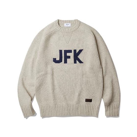 "<span style=""font-family:NanumGothic; font-size:15px; font-weight:bold;"">JFK Heavy Weight Sweater Oatmeal</span><br /><span style=""font-family:NanumGothic; font-size:11px;"">Merino Wool(Australia)70% / Nylon 30% 15수 단사로 6합을넣어 5GG Jacquard로 편직 된 Heavyweight(600g/yd²) 니팅으로 어깨에서 소매부분으로 자연스럽게 내려오는 패턴으로 제작되어 착용 시 편안함을 강조하였습니다. 또한 Bulk Up된 원사 표면에 Napping(起毛,기모)작업으로 광택을 줄였으며 최종적으로 원사의 거친 느낌을 표현하기 위해 러프한 후 반가공을 통하여 제품 원사의 완성도 또한 높였습니다. 전면에 JFK(John F. Kennedy)그래픽은 니트 편직 중에 난이도가 높은 인타샤 자카드로 편직되었으며 넥라인은 더블단으로 적용하여 에스피오나지의 밀리터리 감성을 충분히 곁들인 제품입니다.</span><br /><a href=""http://www.wherehouse.co.kr/shop/shopdetail.html?branduid=734865"" target=""_blank""><span style=""font-size:11px; color:#FFE400;"">BUY NOW</span></a>"