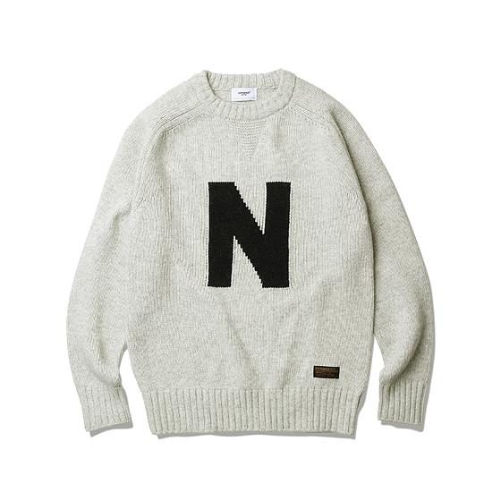 "<span style=""font-family:NanumGothic; font-size:15px; font-weight:bold;"">Letterman Heavy Weight Sweater Grey</span><br /><span style=""font-family:NanumGothic; font-size:11px;"">Merino Wool(Australia) 70% / Nylon 30% 15수 단사로 6합을 넣어 5GG Jacquard로 편직 된 Heavyweight(600g/yd²) 니팅으로 어깨에서 소매 부분으로 자연스럽게 내려오는 패턴으로 제작되어 착용 시 편안함을 강조하였습니다. 또한 Bulk Up된 원사 표면에 Napping(起毛,기모)작업으로 광택을 줄였으며 최종적으로 원사의 거친 느낌을 표현하기 위해 러프한 후반가공을 통하여 제품 원사의 완성도 또한 높였습니다. 전면에 N(NAVY) 그래픽은 니트 편직 중에 난이도가 높은 인타샤 자카드로 편직되었으며 넥라인은 더블단으로 적용하여 에스피오나지의 밀리터리 감성을 충분히 곁들인 제품입니다.</span><br /><a href=""http://www.wherehouse.co.kr/shop/shopdetail.html?branduid=734932"" target=""_blank""><span style=""font-size:11px; color:#FFE400;"">BUY NOW</span></a>"