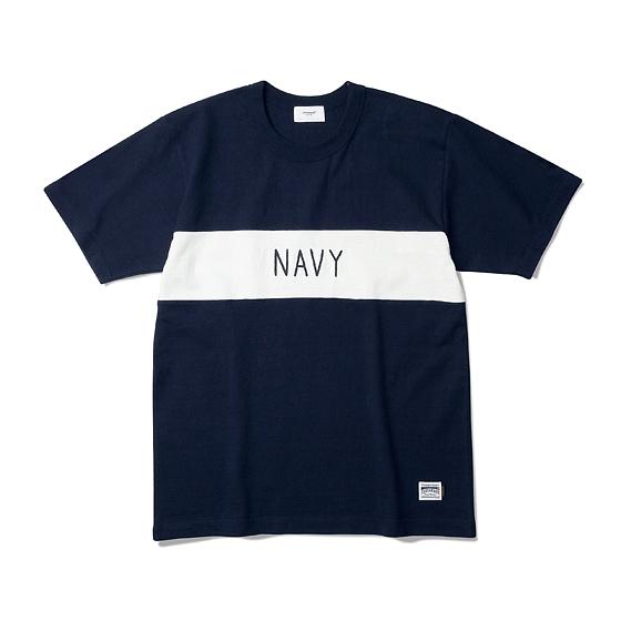 """<span style=""""font-family:NanumGothic; font-size:15px; font-weight:bold;"""">NAVY Heavyweight Tee Navy/Off White</span><br /><span style=""""font-family:NanumGothic; font-size:11px;"""">Espionage에서 직접 시직하고 제직한 Original 10's Ringspun Yarn(오리지널 10수 링 원사) Heavyweight Cotton을 바탕으로 높은 밀도로 제직 되어 Knitting 원단임에도 낮은 수축률과 적절한 고시감까지 느낄수 있으며 특히 제품의 완성 후 한 차례 워싱까지 작업해 후반 가공에 있어서도 심혈을 기울인 제품입니다. 또한 적당한 둘레의 넥 라인과 넓은 폭(2.7cm)의 Normal Folder 방식은 과거 빈티지 제품들을 철저히 분석 후 제작되어 오랜기간 착용하셔도 목 늘어짐이 적게끔 완성되었습니다. 또한 세계 2차대전 시 미 해군에게 지급되었던 담요(US.NAVY Blanket)를 모티브로 하여 디자인 한 NAVY 타이포그래피 체인자수는 1960년대에 빈티지 의류에서 볼 수 있는 자수 기법을 사용하였으며 가슴절개와 더불어 이번 티셔츠 라인업에서 기술적으로 완성도 높은 제품입니다.</span><br /><a href=""""http://www.wherehouse.co.kr/shop/shopdetail.html?branduid=737406"""" target=""""_blank""""><span style=""""font-size:11px; color:#FFE400;"""">BUY NOW</span></a>"""