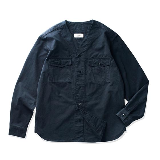 """<span style=""""font-family:NanumGothic; font-size:15px; font-weight:bold;"""">Trace Scout Shirts Navy</span><br /><span style=""""font-family:NanumGothic; font-size:11px;"""">1930년대 오리지널 Boy Scouts Shirt (BSA)를 모티브로 하여 제작 된 제품으로 디자인 요소를 최대한 현대적인 의복의 분위기에 맞도록 재해석을 시도한 제품입니다. 메인원단으로는 Cotton 100%의 30수 고밀도 원단을 사용하여 견고함과 동시에 부드러운 촉감을 느끼실 수 있으며 전체적인 외형은 오리지널 Boy Scouts Shirts의 기본에 충실했지만 다소 부담스러울 수 있는 전면 포켓과 넥라인을 현대적인 디테일로 개선하였으며 오리지날 제품 고유의 패턴을 유지하되 현대적인 룩에도 무리 없도록 패턴과 핏(Fit)을 보완하였습니다. 또한 제품 완성 후 워싱을 진행함으로써 착용감 또한 매끄럽고 최종 진행한 워싱으로 제품의 고정화를 통해 최소의 수축률이 높은 장점으로 어필되는 제품입니다. 부자재로는 Melamine button(Made In U.S.A)을 사용하였으며 오리지날 Boy Scouts Shirts 봉제 테크닉을 최대한 재현하여 완성도를 높힌 제품입니다.</span><br /><a href=""""http://www.wherehouse.co.kr/shop/shopdetail.html?branduid=742923"""" target=""""_blank""""><span style=""""font-size:11px; color:#FFE400;"""">BUY NOW</span></a>"""