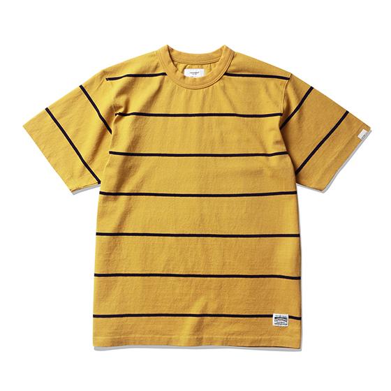 "<span style=""font-family:NanumGothic; font-size:15px; font-weight:bold;"">Roy Stripe T-Shirt Mustard/Navy</span><br /><span style=""font-family:NanumGothic; font-size:11px;"">미국산 면화(Cotton USA)를 바탕으로 OG 10's Ringspun Yarn(오리지널 10수 링원사)을 사용하여 편직된 원단으로 450g/yd²의 중량을 지니고 있으며 일반적인 편직물에 비해 도목을 최대한 좁게 편직하여 밀도를 높여 오랜 기간 사용에도 제품의 원형유지가 지속 되도록 많은 노력을 기울였습니다. 더불어 립(Rib) 역시 메인 원단 사양에 맞게끔 높은 밀도와 중량감 있는 100% Cotton 립(Rib)을 별도로 제직하여 쉽게 늘어날 수 있는 넥 라인의 내구성을 강조한 제품입니다. 특히 제품의 완성 후 한 차례 워싱까지 작업해 후반 가공에 있어서도 심혈을 기울인 제품 으로 특유의 촉감과 수축률을 고정화 시킨 것이 이번 제품의 장점이라고 할 수 있습니다. 과거 빈티지 티셔츠 타입 중 메인 보더 의 간격이 얇은 형태에 속하는 패턴으로 디자인하였으며 몸판 하단의 트임 디테일은 더불어 제품의 외형을 최대한 해치지 않으면서 현대적으로 해석 하여 일반적인 티셔츠와는 확연히 다른 완성도를 보여주는 제품입니다.</span><br /><a href=""http://www.wherehouse.co.kr/shop/shopdetail.html?branduid=745205"" target=""_blank""><span style=""font-size:11px; color:#FFE400;"">BUY NOW</span></a>"