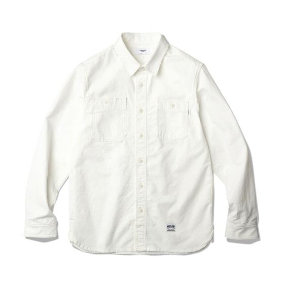 "<span style=""font-family:NanumGothic; font-size:15px; font-weight:bold;"">Carter Work Shirt White</span><br /><span style=""font-family:NanumGothic; font-size:11px;"">1940년 대 빈티지 워크 셔츠를 모티브로 하여 제작된 제품으로 원, 부자재 및 패턴, 봉제 테크닉을 최대한 재현하여 기존의 포멀한 셔츠에서 벗어나 레트로 무드의 디자인으로 변화시킨 제품입니다. 메인 원단으로는 견고함이 우선시되는 워크 셔츠 특성에 맞게끔 밀도 높게 제직 된 10s Oxford(Cotton 100%) 원단을 사용하였으며 원단 염색의 경우 기계염색이 아닌 손염색 처리하여 일반적인 원단에 비해 원사 느낌을 그대로 살려서 자연스러운 소재의 색상과 촉감을 느끼실 수 있는 것이 특징입니다. 또한 전체적으로 아이보리 색상의 원단과 잘 어울리는 재봉사를 사용하여 은은한 느낌을 더했으며 제품 완성 후 워싱을 진행함으로써 착용감 또한 매끄럽고 최종 진행한 워싱으로 제품의 고정화를 통해 최소의 수축률이 높은 장점으로 어필되는 제품입니다. 다소 부담스러울 수 있는 빈티지 워크 셔츠의 칼라와 패턴 디자인 역시 새롭게 재해석하여 디자인되었으며 전체적으로 여유로운 패턴을 적용해 편안하게 착용할 수 있으며 부자재로는 Nut Cat's Eye 버튼을 사용하였으며 오리지날 워크셔츠의 봉제 테크닉을 최대한 재현하여 완성도를 높힌 제품입니다.</span><br /><a href=""http://www.wherehouse.co.kr/shop/shopdetail.html?branduid=743052"" target=""_blank""><span style=""font-size:11px; color:#FFE400;"">BUY NOW</span></a>"