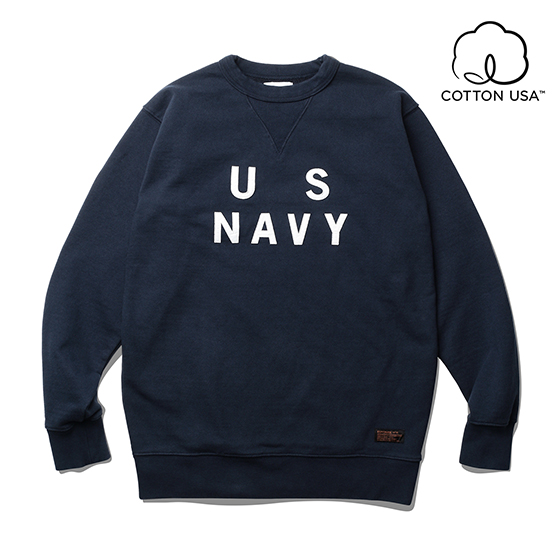 "<span style=""font-family:NanumGothic; font-size:15px; font-weight:bold;"">US NAVY Sweat Shirt Navy</span><br /><span style=""font-family:NanumGothic; font-size:11px;"">1130g/yd²의 중량을 지니고 있으며 일반적인 편직물에 비해 도목을 최대한 좁게 편직하여 밀도를 높여 오랜 기간 사용에도 제품의 원형유지가 지속되도록 많은 노력을 기울였습니다. 원단의 겉면은 링 회전 프레임 기계를 이용한 US Cotton Ringspun 원사를 중심으로 2중연사로 편직되어 거친 느낌을 지니면서 전반적으로 촉감이 부드러운 것이 큰 장점이며 신체와 맞닿을 수 있는 안쪽면은 US Cotton Combed 원사를 중심으로 편직되어 착용 시 유연함을 느끼실 수 있게끔 편직되었습니다. 립의 소재 역시 메인 원단  사양에 맞게끔 별도로 단단하게 제직하여 쉽게 늘어날 수 있는 소매 및 하단 부분의 내구성을 강조하였으며 제품 완봉 후 원워싱으로 마무리하여 착용감 또한 매끄럽고 최종 워싱으로 인한 제품의 고정화를 통해 최소의 수축률을 자랑하는 제품이라고 할 수 있습니다. 제품 전면에는 빈티지 Sweat Shirt를 모티브로 하여 디자인 된 곡선 V 가셋을 차용하였으며 US NAVY 타이포그래피가 펠트 와펜 형식으로 아플리케 처리되어 외형의 디자인에서도 헤비함을 갖추도록 마무리 하였습니다.</span><br /><a href=""http://www.wherehouse.co.kr/shop/shopdetail.html?branduid=743807"" target=""_blank""><span style=""font-size:11px; color:#FFE400;"">BUY NOW</span></a>"