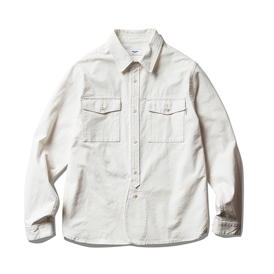 "<span style=""font-family:NanumGothic; font-size:15px; font-weight:bold;"">Vass 19th Work Shirt Off White</span><br /><span style=""font-family:NanumGothic; font-size:11px;"">빈티지 워크 셔츠를 모티브로 하여 제작된 제품으로 원, 부자재 및 패턴, 봉제 테크닉을 최대한 재현하여 기존의 포멀한 셔츠에서 벗어나 레트로 무드의 디자인으로 재해석 한 제품입니다. 메인원단으로는 견고함이 우선시되는 워크 셔츠 특성에 맞게끔 밀도 높게 제직 된 10s Oxford(Cotton 100%) 원단을 사용하였으며 원단 염색의 경우 기계염색이 아닌 손염색 처리하여 일반적인 원단에 비해 원사 느낌을 그대로 살려서 자연스러운 소재의 색상과 촉감을 느끼실 수 있는 것이 특징입니다. 또한 전체적으로 아이보리 화이트 색상의 원단과 잘 어울리는 재봉사를 사용하여 은은한 느낌을 더했으며 제품 완성 후 워싱을 진행함으로써 착용감 또한 매끄럽고 최종 진행한 워싱으로 제품의 고정화를 통해 최소의 수축률이 높은 장점으로 어필되는 제품입니다.</span><br /><a href=""http://www.wherehouse.co.kr/shop/shopdetail.html?branduid=747588"" target=""_blank""><span style=""font-size:11px; color:#FFE400;"">BUY NOW</span></a>"
