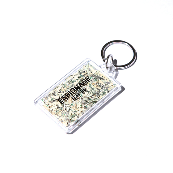 "<span style=""font-family:NanumGothic; font-size:15px; font-weight:bold;"">Ground Bills Key Chain</span><br /><span style=""font-family:NanumGothic; font-size:11px;"">미국의 폐기 달러를 활용해 제작한 키 체인입니다.</span><br /><a href=&quothttp://wherehouse.co.kr/shop/shopdetail.html?branduid=753492&xcode=108&mcode=011&scode=&type=Y&sort=manual&cur_code=108011&GfDT=bm55W1o%3D"" target=""_blank""><span style=""font-size:11px; color:#FFE400;"">BUY NOW</span></a>"