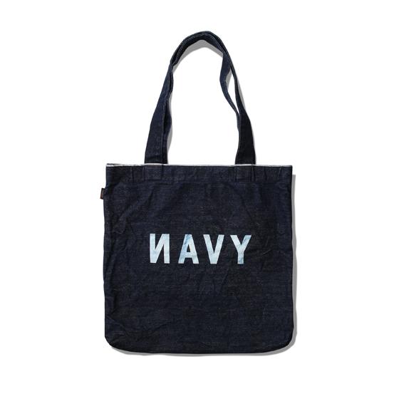 "<span style=""font-family:NanumGothic; font-size:15px; font-weight:bold;"">Navy Selvedge Tote Bag</span><br /><span style=""font-family:NanumGothic; font-size:11px;"">1940년대 U.S. NAVY 감성을 근원으로 데님소재와의 믹스를 시도하여 깔끔한 아웃풋으로 제작된 제품으로 적당한 두깨감의 Selvedge Denim 원단을 사용하여 Selvedge Line의 디테일을 느끼실 수 있으며 제품의 전면 해군의 뜻과 컬러의 뜻을 동시에 지닌 NAVY의 첫번째 철자 'N'을 의도적으로 뒤집어 Typography적인 디자인을 더한 제품입니다. 또한 일반적인 날염처리가 아닌 와바시 기법의 발염 처리로 NAVY 그래픽을 적용하여 자연스러운 인디고 컬러감이 특징인 제품으로 적절한 두께감과 내부의 소형 포켓 역시 추가하여 편리하게 사용이 가능한 제품입니다.</span><br /><a href=""http://www.wherehouse.co.kr/shop/shopdetail.html?branduid=726139&xcode=019&mcode=003&scode=&type=Y&sort=order"" target=""_blank""><span style=""font-size:11px; color:#FFE400;"">BUY NOW</span></a>"